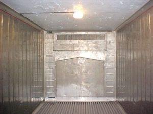 container-reefer-com-iluminacao-interna-realreefer-locacao-de-containers